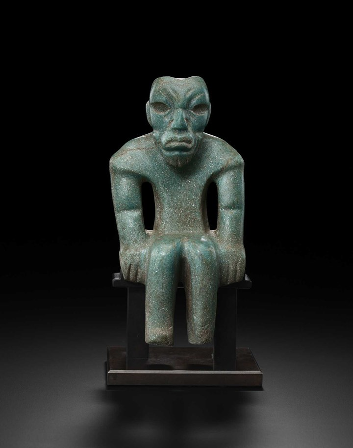 Izapa, Seated figure