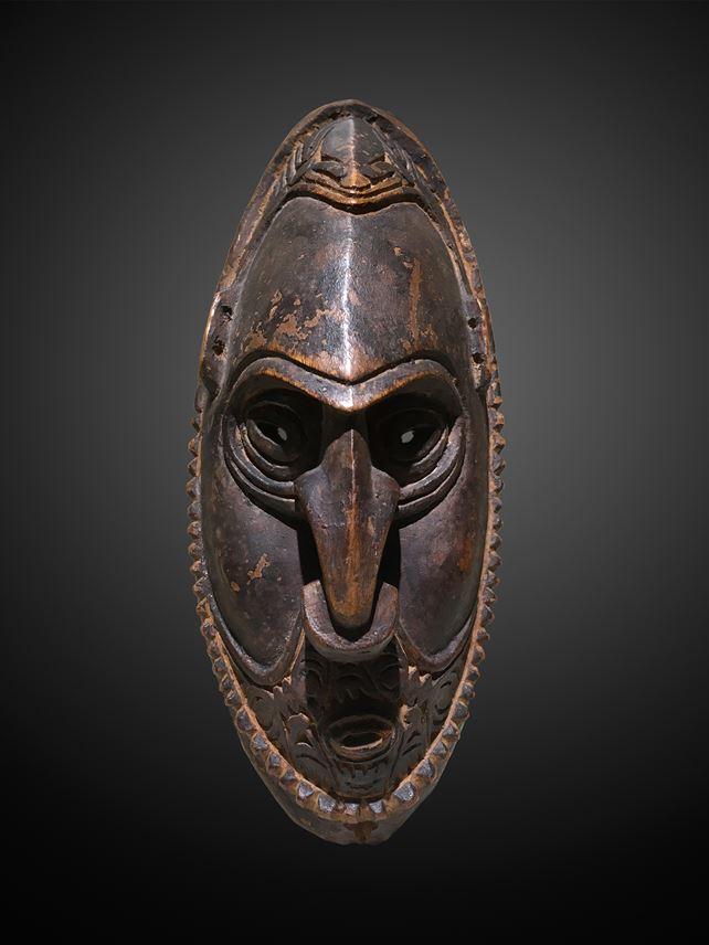 Murik Lakes Amulet Mask | MasterArt