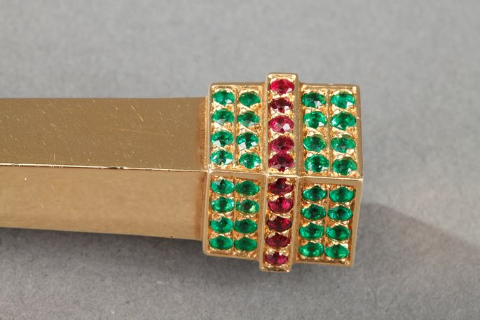 20th century Gold paper knife with diamond, emerald and rubis. | MasterArt