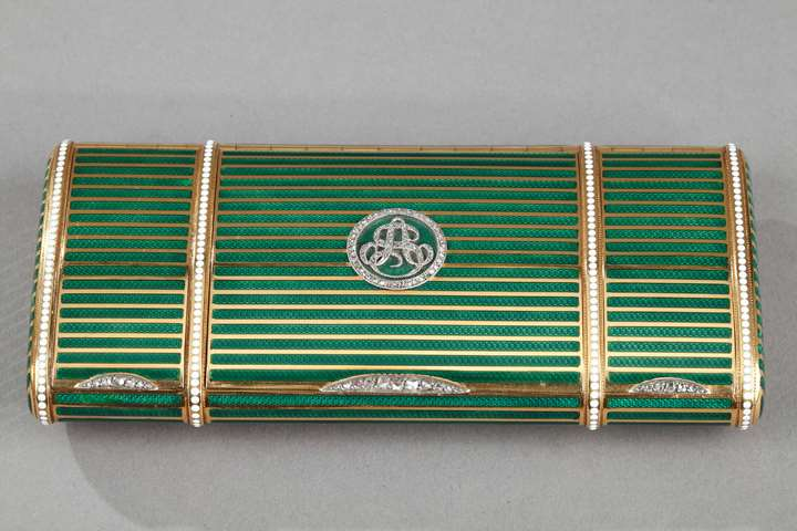 Bi-colour Gold and enamel vanity case