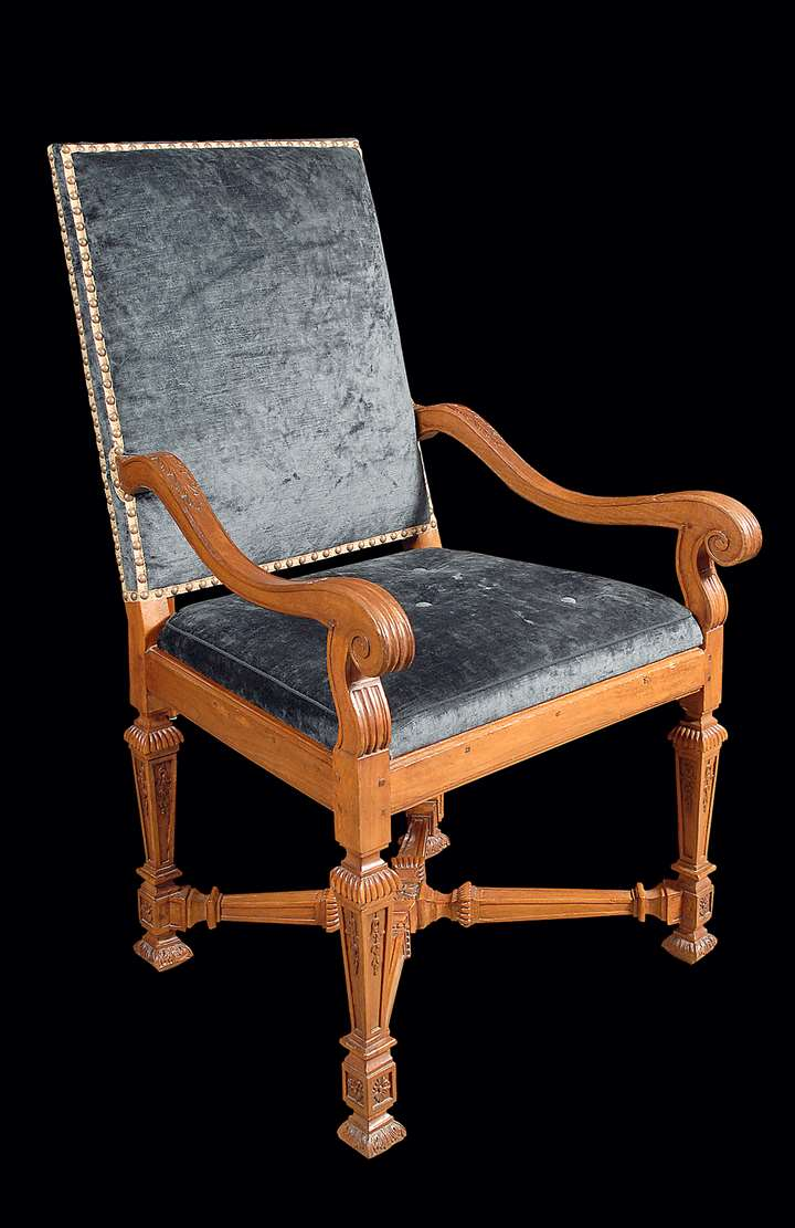 A LOUIS XIV PAIR OF WALNUT FAUTEUILS