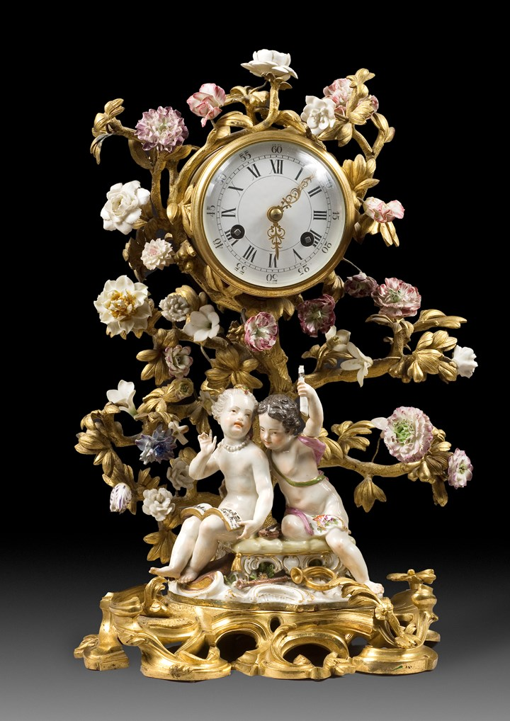 A LOUIS XV ORMOLU-MOUNTED PORCELAIN Mantel-Clock