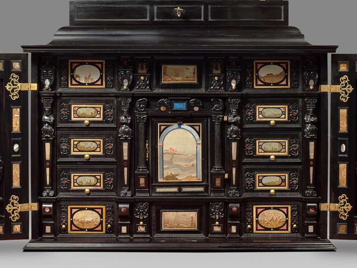 A rare 17th Century south German (Augsburg) ebony table - cabinet