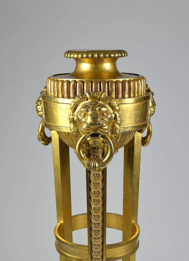 A Regency period giltwood stand in the manner of Thomas Hope  | MasterArt