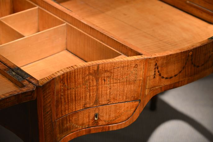 A George III Period Fiddleback Sycamore and Marquetry Dressing Table   In the Manner of Mayhew and Ince   | MasterArt