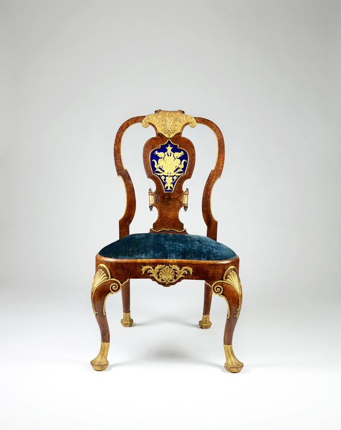 An Important George II Period Walnut, Burr Yew Wood and Gilt Side Chair with Verre Églomisé Panel | MasterArt