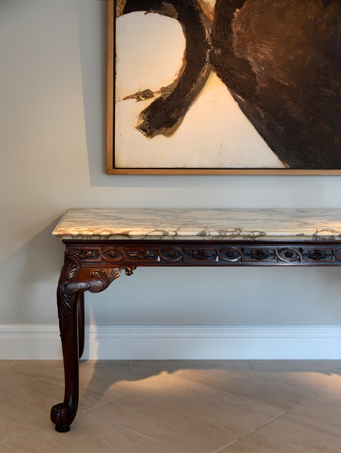 An exceptional George II period carved mahogany serving table with Breccia Rosato marble top | MasterArt