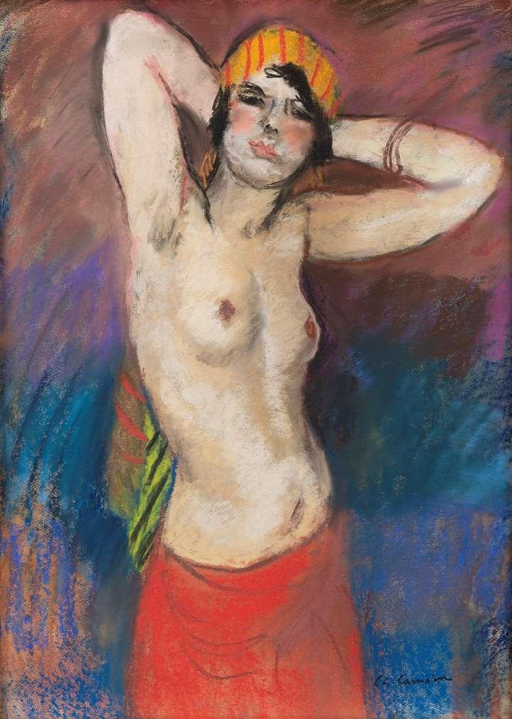 Buste de femme nue au turban jaune rayé rouge