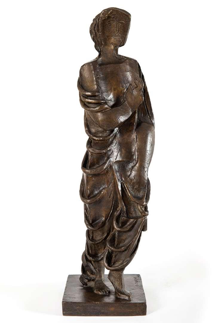 Figurine drapée