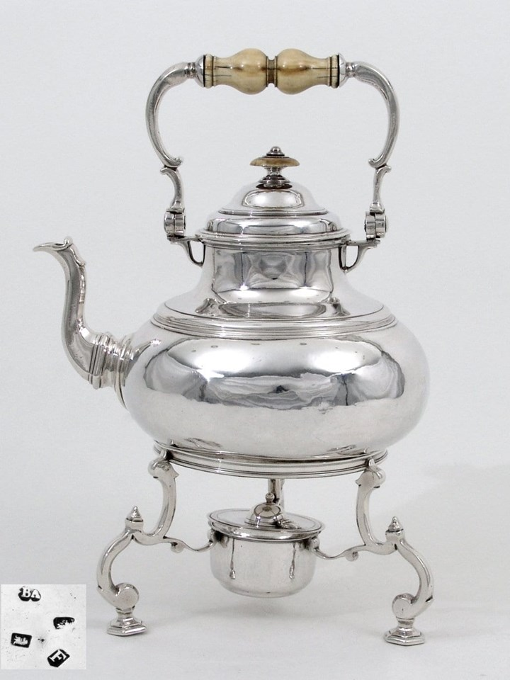 Fine George I Silver Teapot on Stand