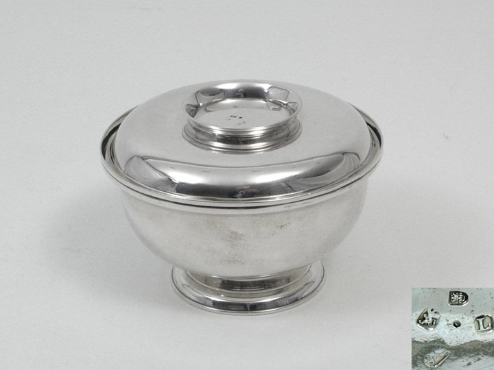 Fine Silver George I Sugar Bowl with Lid