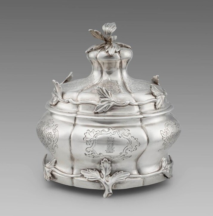A Dutch 18th Century Tobacco Jar