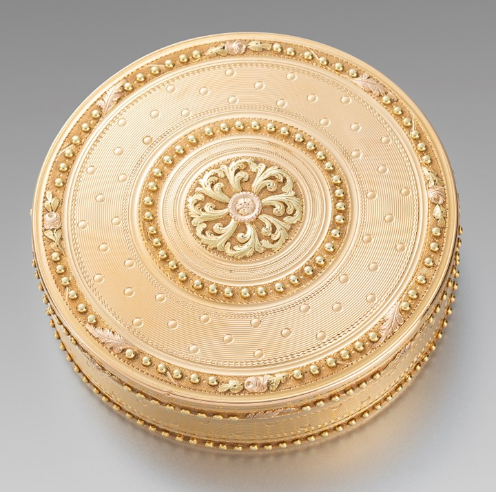 A Round French 18th Century Two-Colour Gold Box