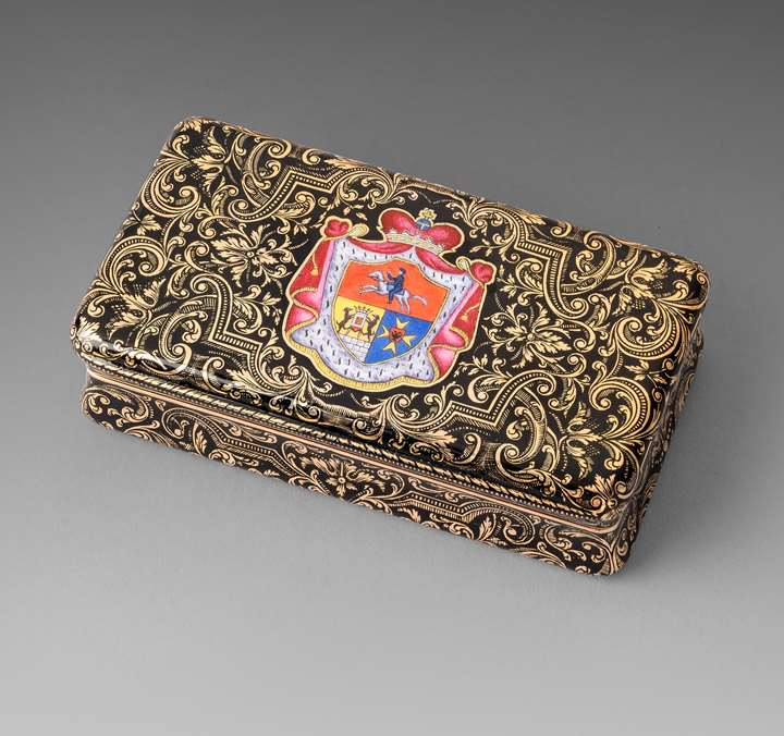A Swiss Gold & Enamel Snuff Box