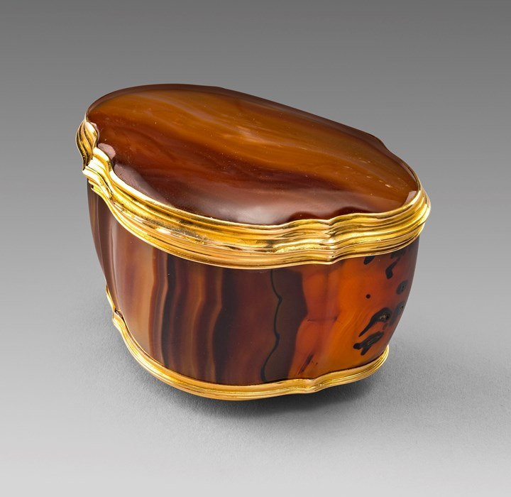 An 18th Century German Gold Mounted Agate Box