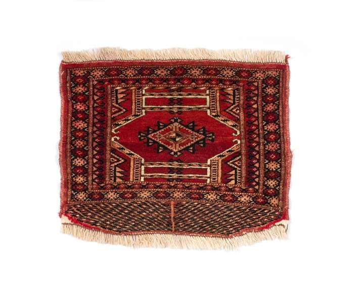 Turkoman small saddle rug