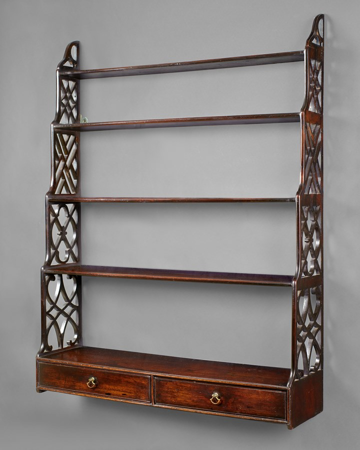 GEORGE III MAHOGANY HANGING SHELVES