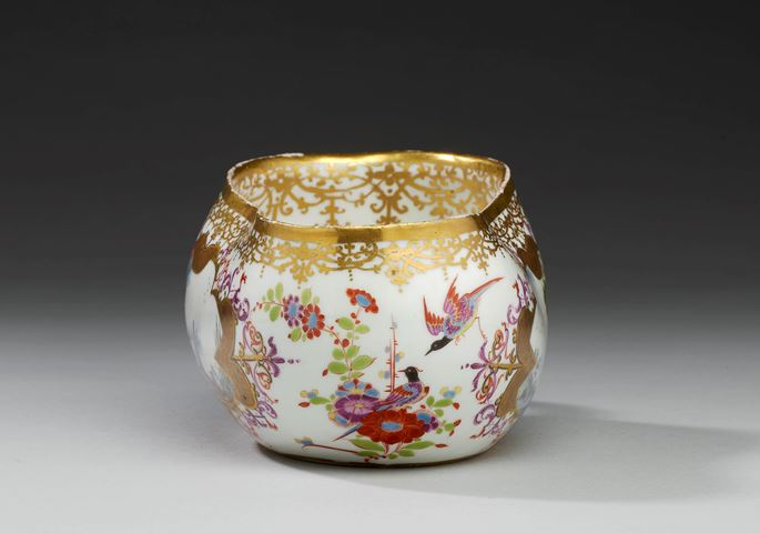 A bourdalou (oval chamber pot) with erotic chinoiseries | MasterArt