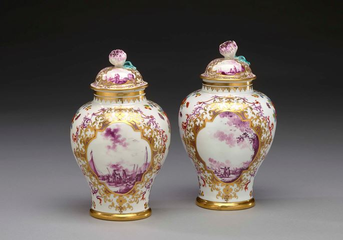 Christian Friedrich Heroldt - A pair of covered vases with polychrome harbour scenes | MasterArt