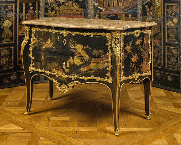 Jacques Dubois - Black lacquer commode | MasterArt