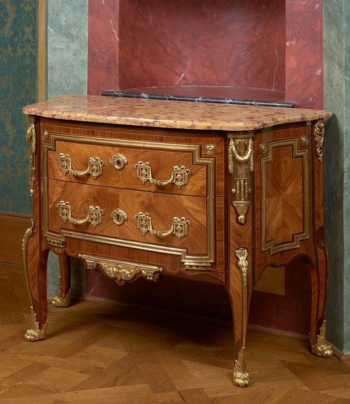 Jacques Laurent Cosson - A small commode sans traverse  | MasterArt