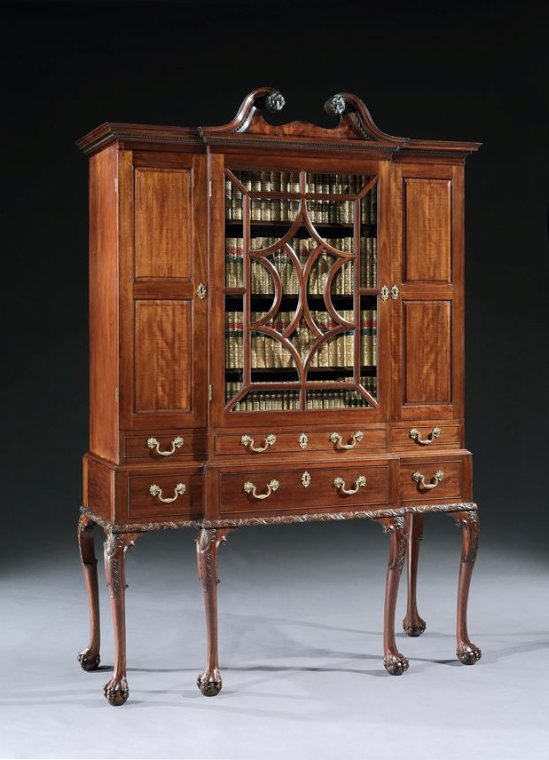 A GEORGE II MAHOGANY BREAKFRONT SECRÉTAIRE CABINET ON STAND  | MasterArt