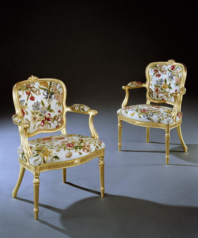 Thomas Chippendale - A PAIR OF GEORGE III GILTWOOD ARMCHAIRS | MasterArt
