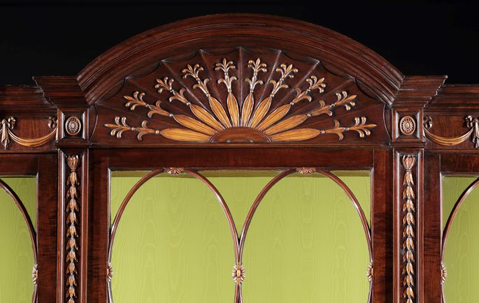 John Linnell - A PAIR OF GEORGE III MAHOGANY AND BOXWOOD BREAKFRONT LIBRARY BOOKCASES IN THE MANNER OF JOHN LINNELL | MasterArt