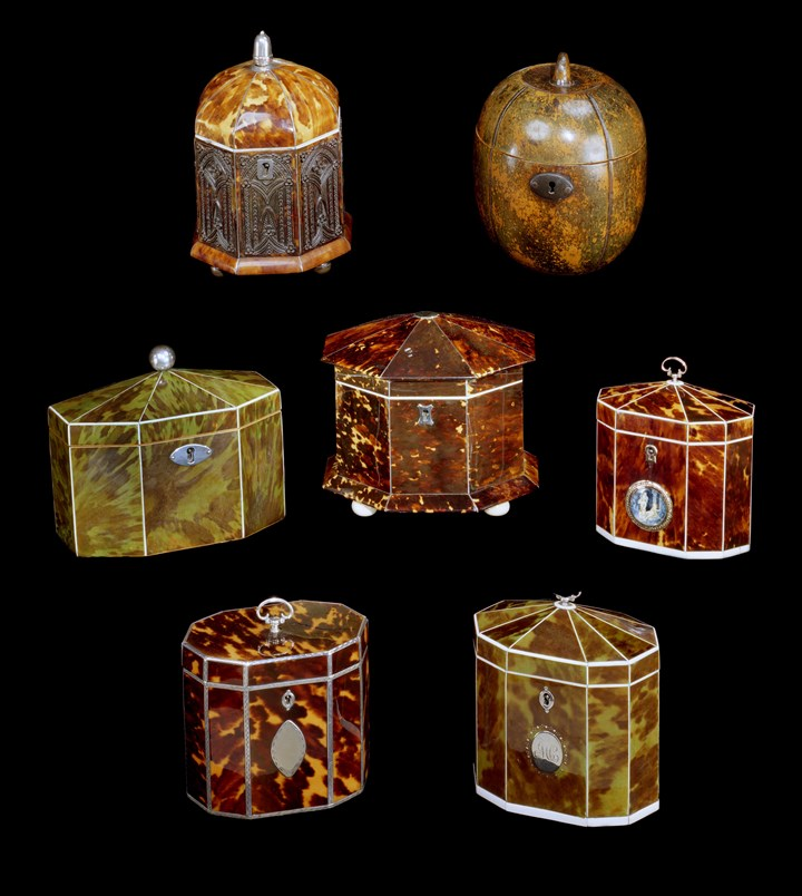 A COLLECTION OF LATE 18TH / EARLY 19TH CENTURY TEA CADDIES