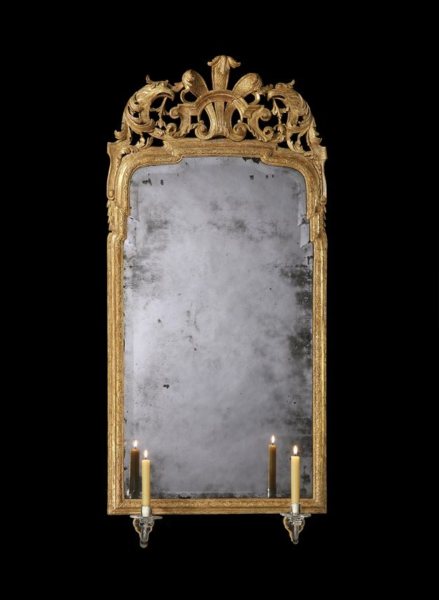 A GEORGE I GILTWOOD AND GESSO MIRROR  | MasterArt