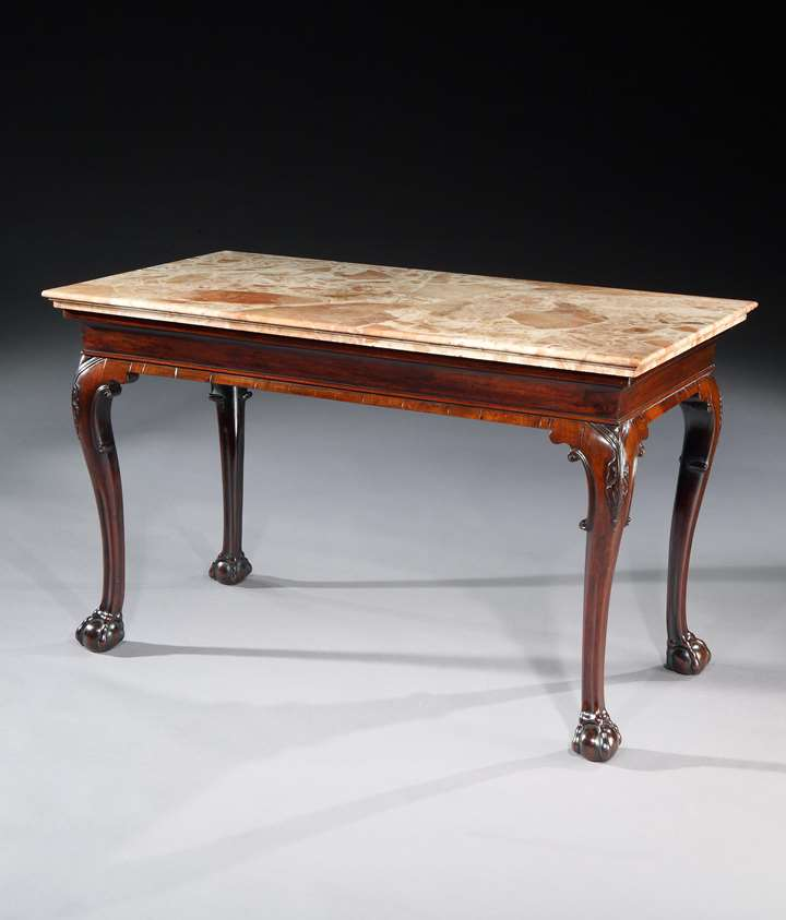 A GEORGE II MAHOGANY CENTRE TABLE