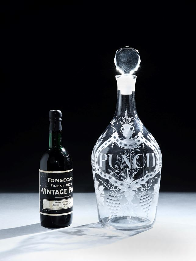 A HUGE GEORGE III ENGRAVED GLASS DECANTER | MasterArt