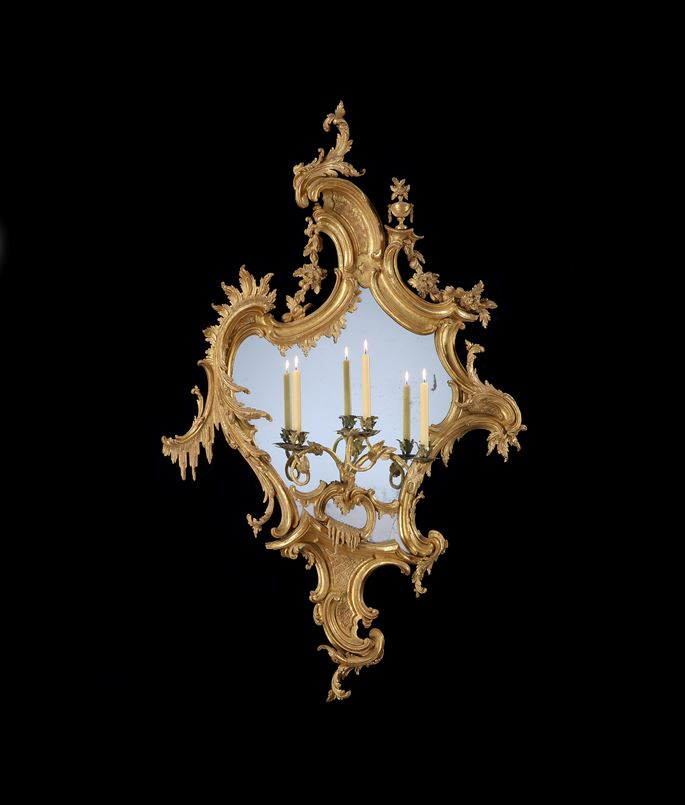 Thomas Chippendale - A HUGE PAIR OF GEORGE II CARVED GILTWOOD GIRANDOLES | MasterArt