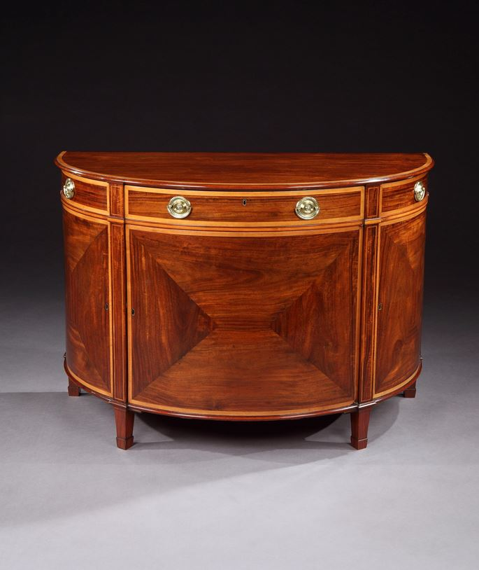 A PAIR OF GEORGE III DEMI-LUNE GONÇALO ALVES COMMODES | MasterArt
