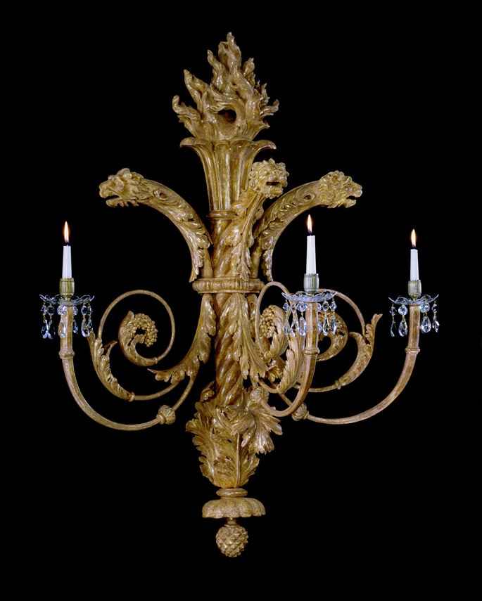 A PAIR OF REGENCY CARVED GILTWOOD WALL LIGHTS | MasterArt