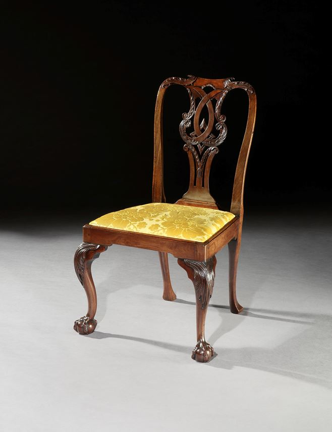 A SUITE OF GEORGE II MAHOGANY SIDE CHAIRS WITH SETTEE | MasterArt