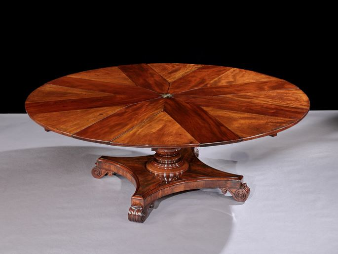 JOHNSTONE JUPE & CO. - A WILLIAM IV RADIALLY EXTENDING DINING TABLE No. 6391 | MasterArt