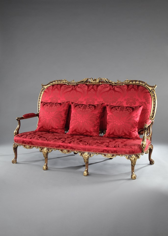 THE GRIMSTHORPE CASTLE SETTEE | MasterArt
