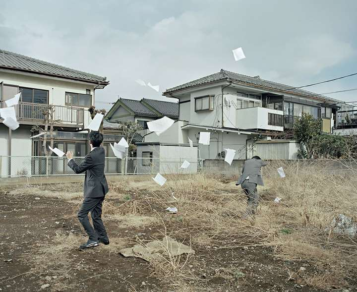 A Sudden Gust of Wind (after Jeff Wall and Hokusai), uit de series Two Kinds of Memory and Memory Itself