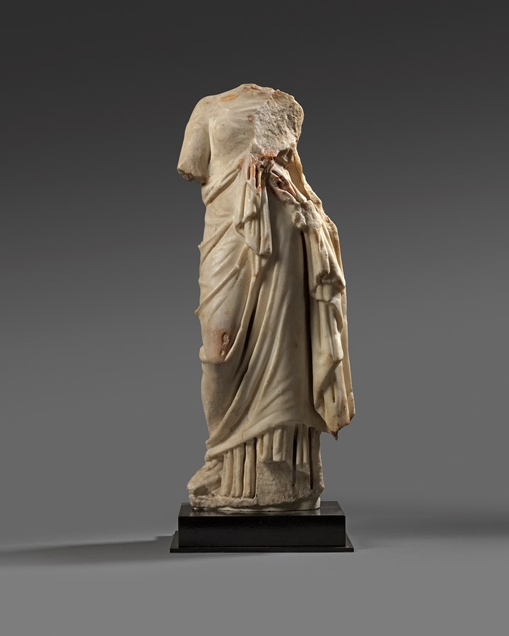 Roman marble figure of a woman