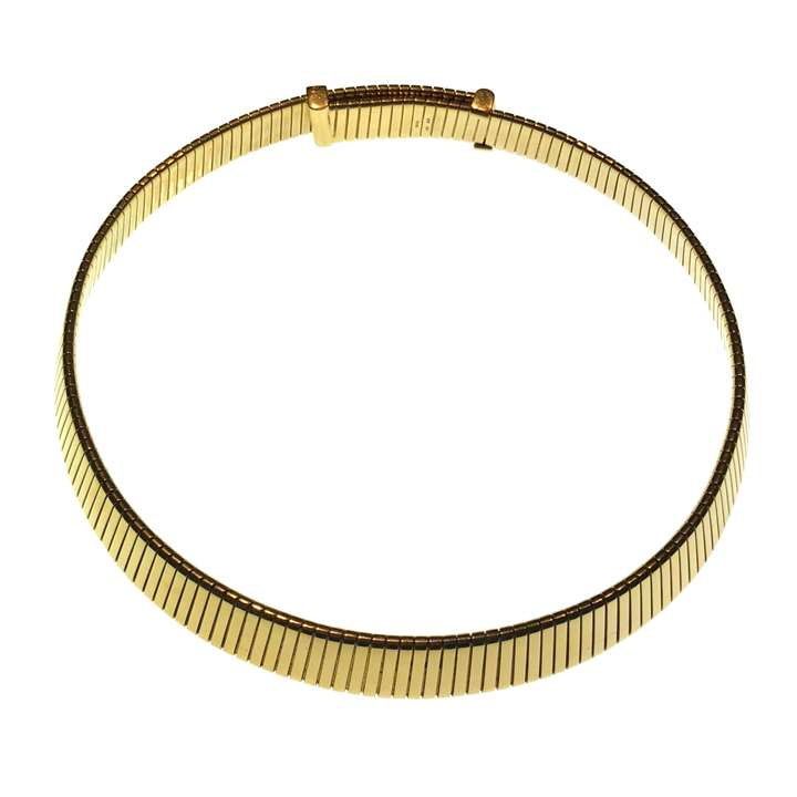 18ct gold flattened 'gaspipe' style necklace