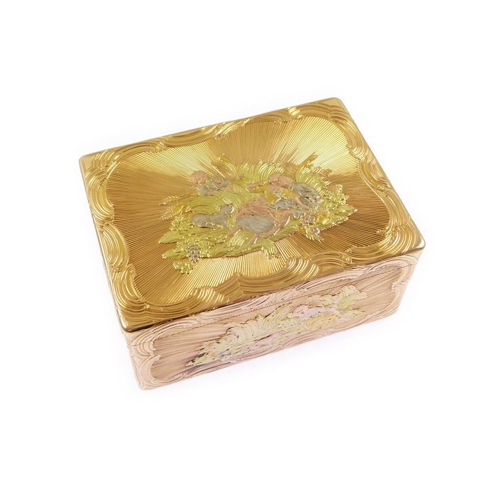 18th century German rectangular chased gold box with pastoral scenes | MasterArt