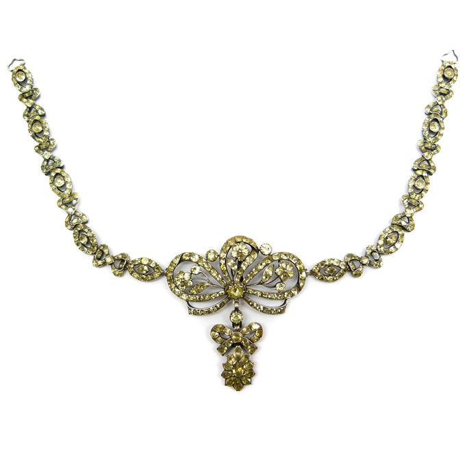 18th century chrysolite flower and bow pendant necklace | MasterArt