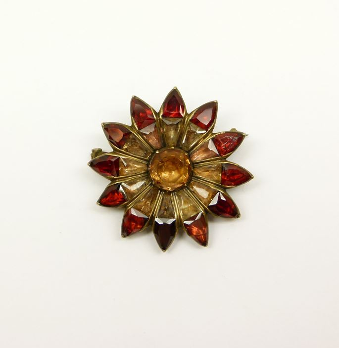 18th century garnet and topaz flowerhead brooch | MasterArt