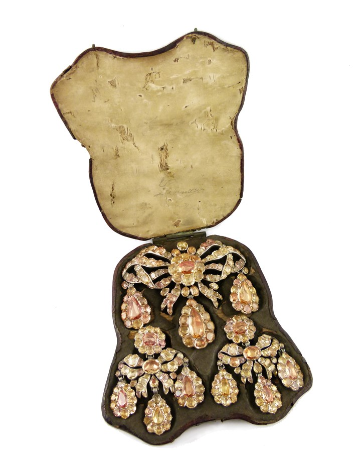 18th century golden yellow and orange topaz triple drop cluster pendant and pair of earrings en suite