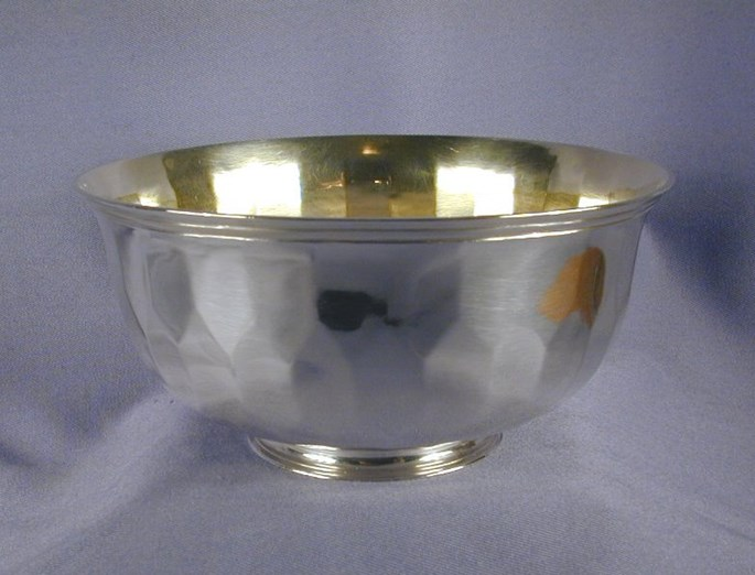 Franz Heinrich Hannover - 18th century parcel gilt German silver bowl of circular faceted form, on a collet foot | MasterArt