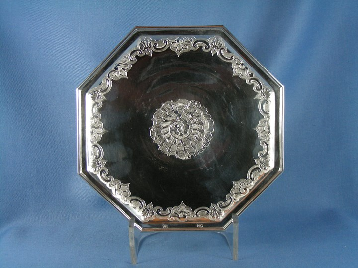 18th century silver octagonal tazza, possibly Belgian