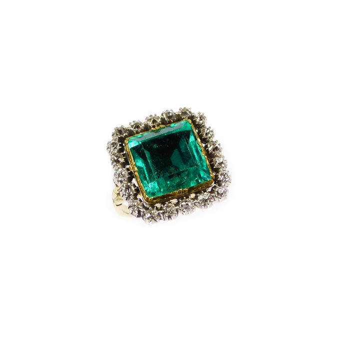 18th century square cut emerald and diamond cluster ring | MasterArt