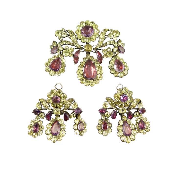 18th century triple drop chrysolite and amethyst pendant brooch and pair of earrings set