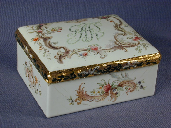 18th century German gold mounted rectangular enamel snuff box